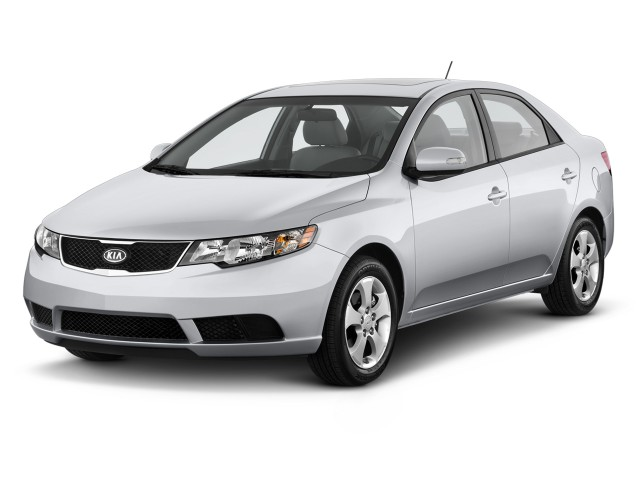2010 Kia Forte 4-door Sedan Auto EX Angular Front Exterior View