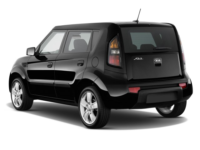 2010 Kia Soul 5dr Wagon Auto + Angular Rear Exterior View