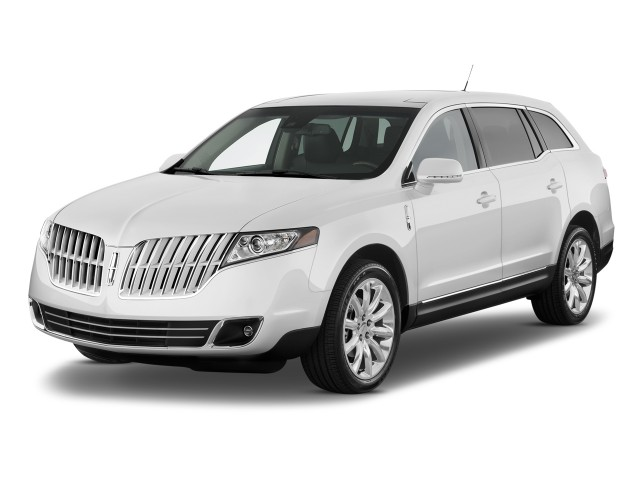 Angular Front Exterior View - 2010 Lincoln MKT 4-door Wagon 3.7L FWD