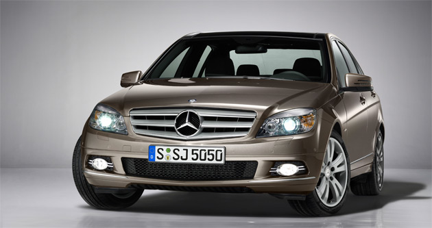 mercedes benz offers new special edition trim for c class. Black Bedroom Furniture Sets. Home Design Ideas