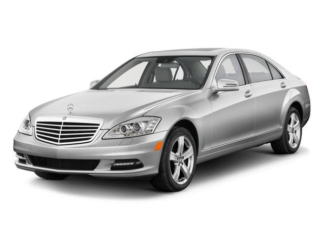 2010 Mercedes-Benz S Class 4-door Sedan 5.5L V8 RWD Angular Front Exterior View
