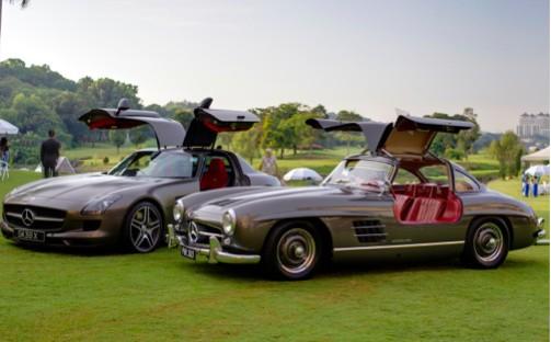 2010 Mercedes-Benz SLS AMG and 1958 Mercedes 300SL Gullwing.