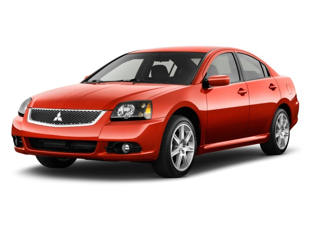 2010 Mitsubishi Galant 4-door Sedan SE Angular Front Exterior View