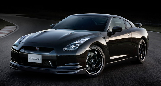 The different turbo design between the standard GT-R and SpecV could mean the two actually develop different power outputs