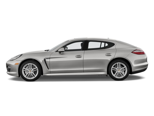 Side Exterior View - 2010 Porsche Panamera 4-door HB 4S