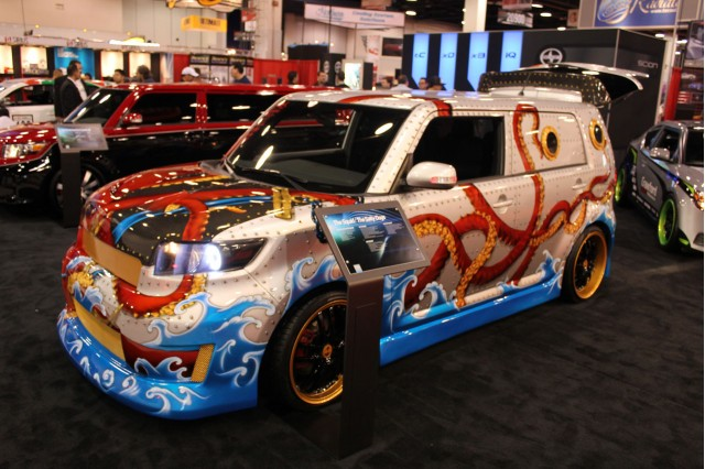 Ordinaire 2010 SEMA Show: The Squid Scion XB ByThe Salty Dogs Live Photos