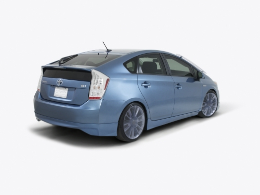 Prius On Steroids >> Toyota Goes Wild On Custom Prius Models For Charity