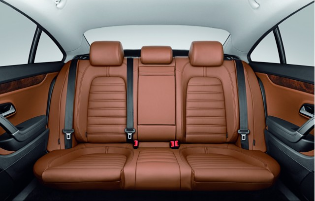 2010 Volkswagen Passat CC Now Offers Five-Seat Option