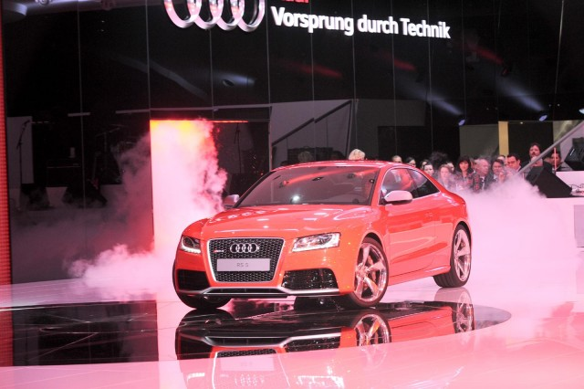 2011 Audi RS5 live in Geneva. Photos © United Pictures, Int'l.
