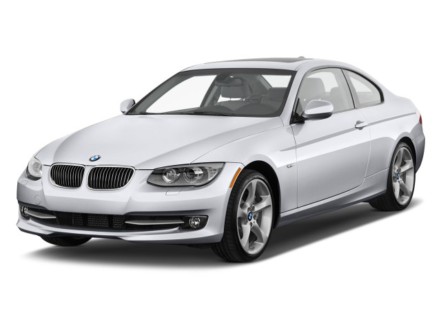 2011 BMW 3-Series 2-door Coupe 335i RWD Angular Front Exterior View