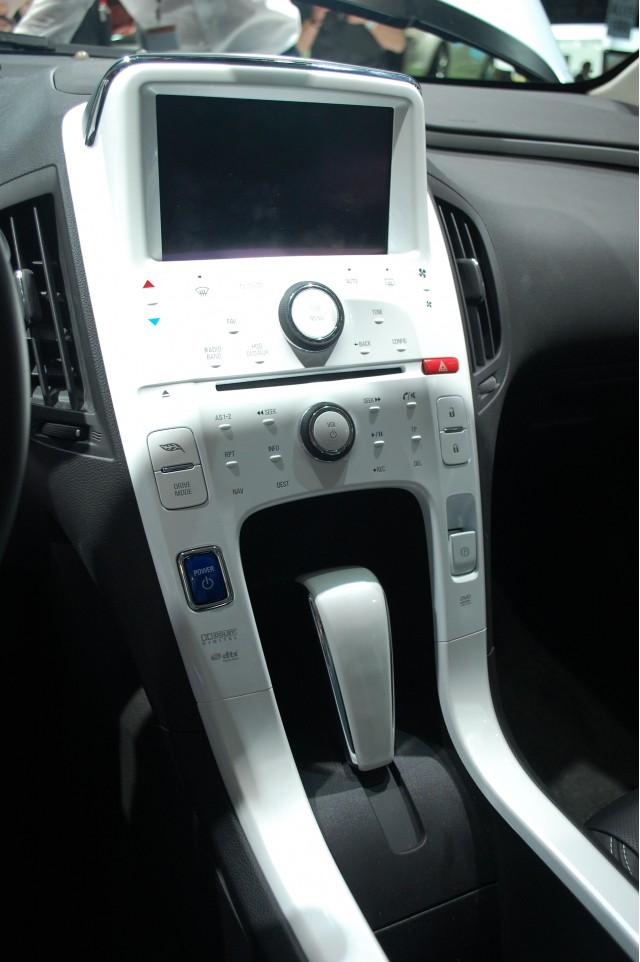 2011 Chevrolet Volt dashboard