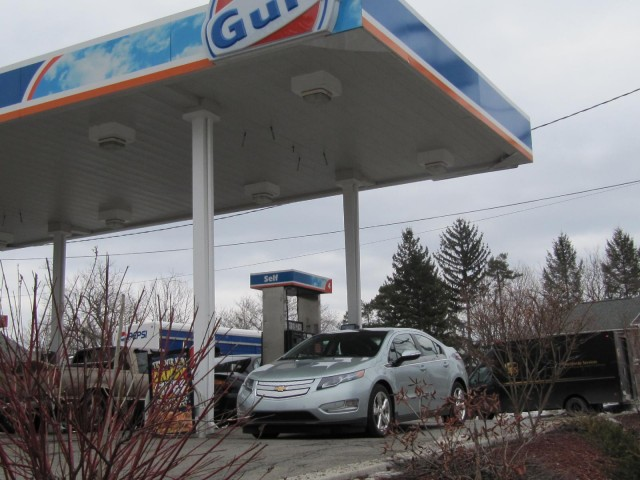 2011 Chevrolet Volt drive test, March 2011