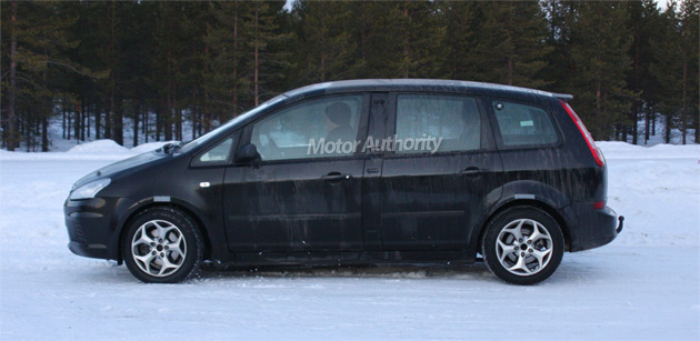 2010 Ford Cmax Rendering Motorauthority 001 18 Photos The Longer Wheelbase Of Latest Test Mules Suggests That A 7 Seater Model