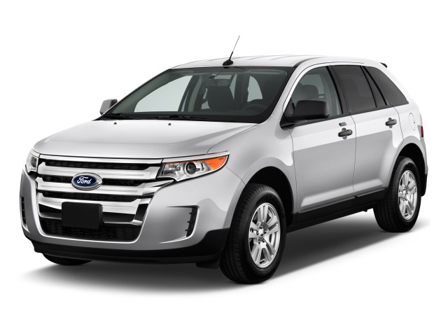 2011 Ford Edge 4-door SE FWD Angular Front Exterior View