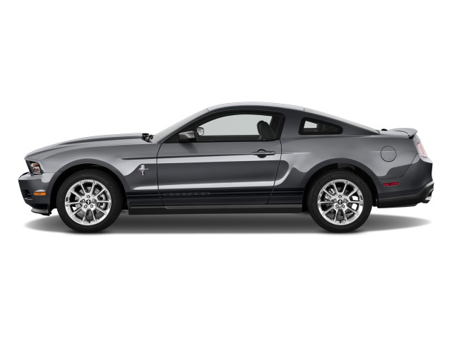 2017 Ford Mustang 2 Door Coupe Premium Side