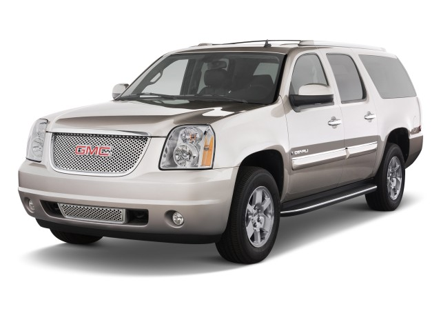 2011 GMC Yukon XL 2WD 4-door 1500 Denali Angular Front Exterior View