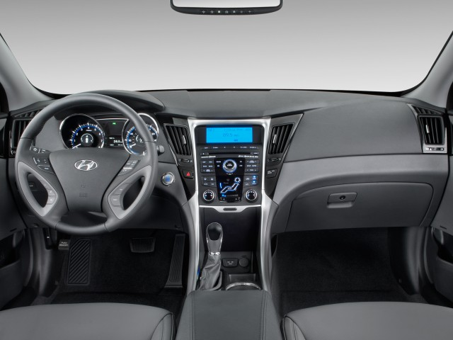 Dashboard - 2011 Hyundai Sonata 4-door Sedan I4 Auto Limited