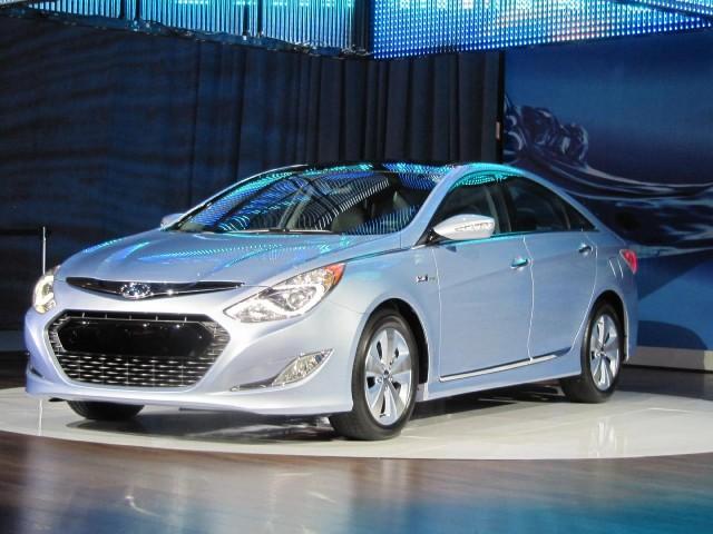 2017 Hyundai Sonata Hybrid At 2010 New York Auto Show