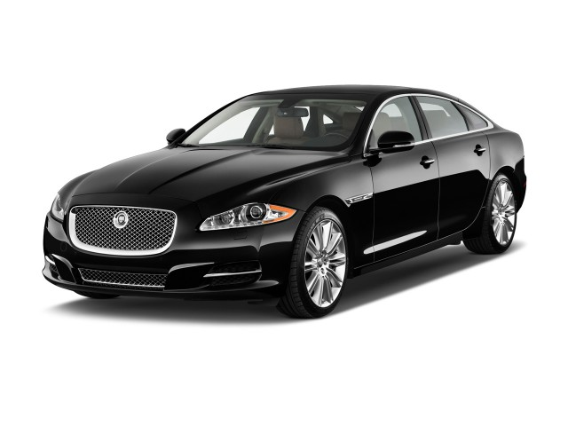 2011 Jaguar XJ 4-door Sedan Supercharged Angular Front Exterior View