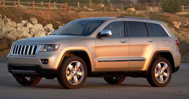 Delays in Chrysler's bankruptcy proceeding led to fears that key models like the 2011 Jeep Grand Cherokee may be delayed