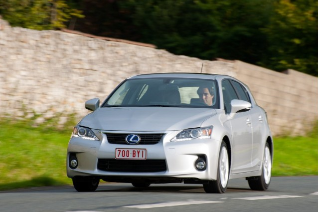hybrid race yep lexus ct 200h laps before aussie grand prix. Black Bedroom Furniture Sets. Home Design Ideas