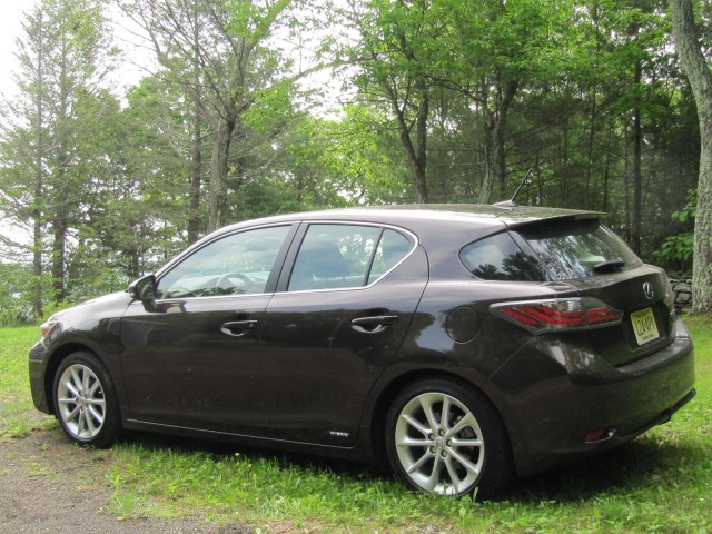 Amazing 2011 Lexus CT 200h Compact Hybrid Hatchback, Road Test, June 2011