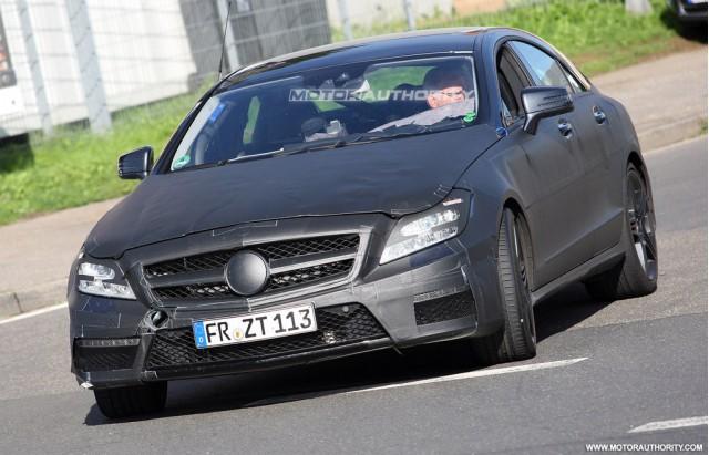 2011 Mercedes-Benz CLS63 AMG spy shots