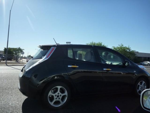 2011 Nissan Leaf spied -- via Nissan-LEAF.net