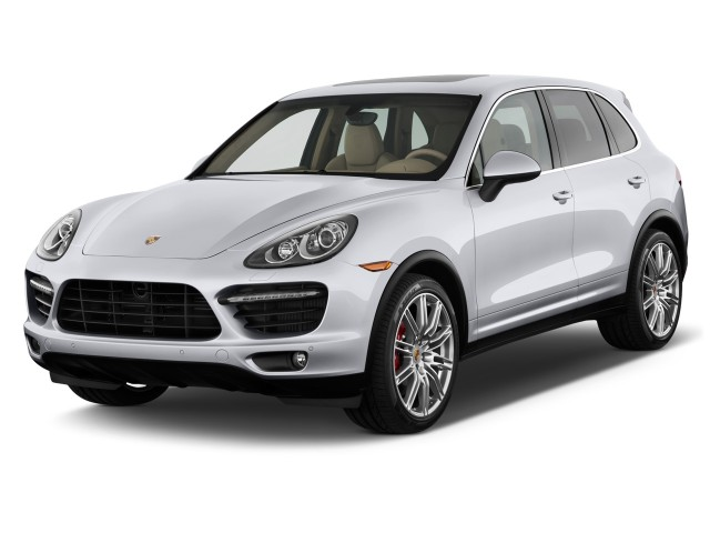 2011 Porsche Cayenne AWD 4-door Turbo Angular Front Exterior View