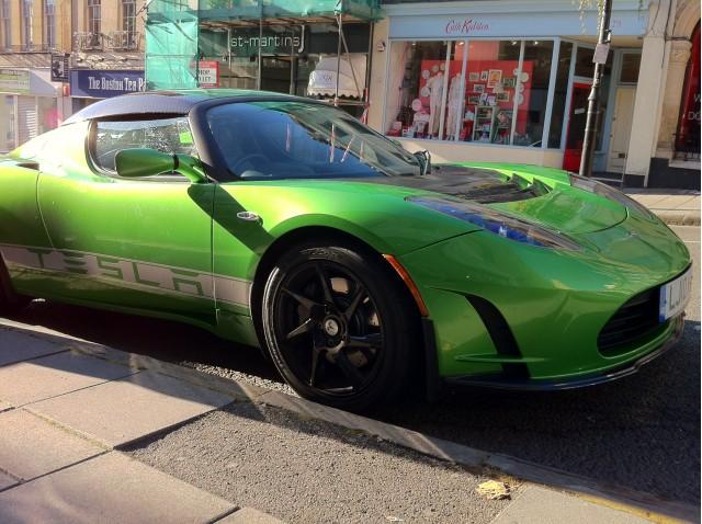 2011 tesla roadster sport 2 5 first drive review. Black Bedroom Furniture Sets. Home Design Ideas