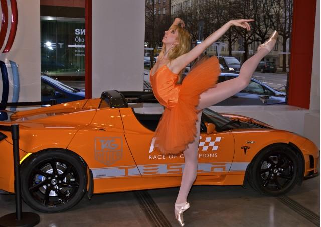 Sara Michell Murawski and her Tangerine Tesla Tutu outfit.