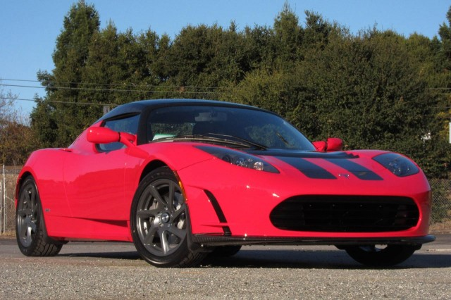 2011 Tesla Roadster Final Edition, photograph copyright Damon Lavrinc / AOL