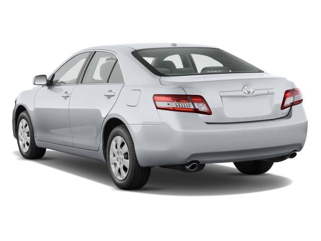 2011-toyota-camry-4-door-sedan-v6-auto-le-natl-angular-rear-exterior-view_100311933_s.jpg