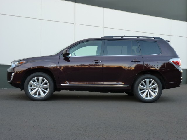 2014 toyota highlander hybrid will be u s made says toyota. Black Bedroom Furniture Sets. Home Design Ideas