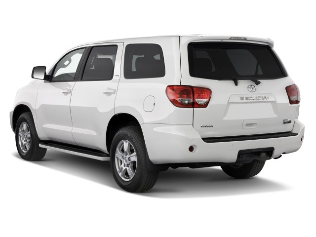 2011 Toyota Sequoia 4WD LV8 6-Spd AT SR5 (GS) Angular Rear Exterior View