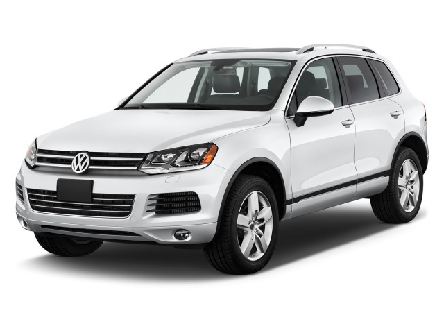 2011 Volkswagen Touareg 4-door TDI Lux *Ltd Avail* Angular Front Exterior View