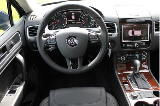 2017 Volkswagen Touareg Hybrid