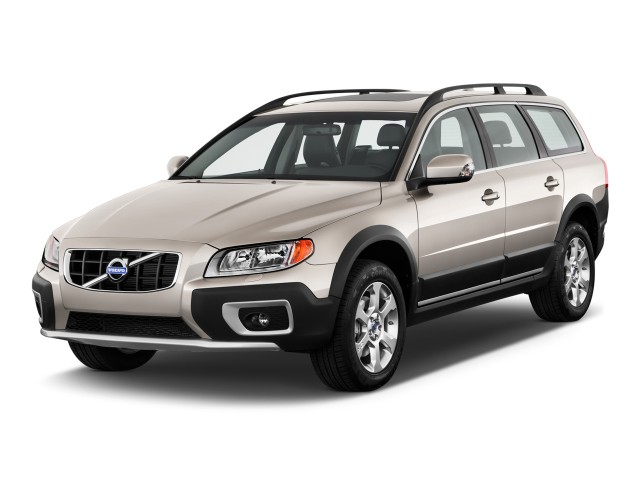 2011-volvo-xc70-4-door-wagon-3-2l-awd-an