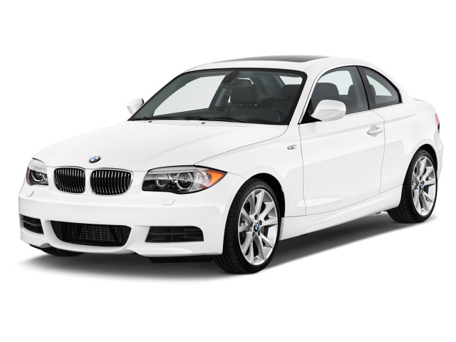 2012 BMW 1-Series 2-door Coupe 135i Angular Front Exterior View