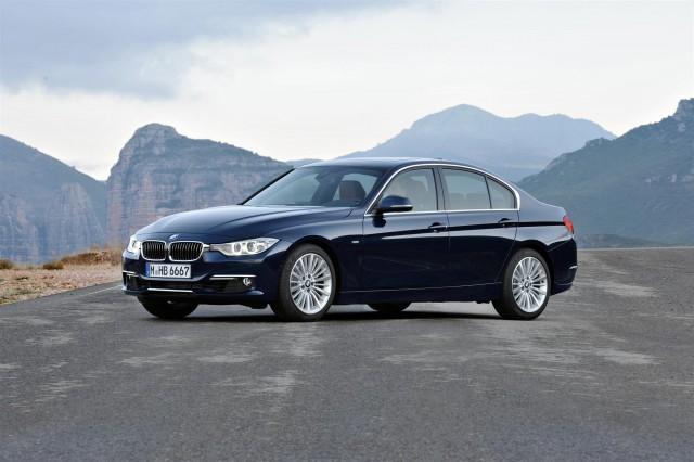 2012 BMW 3-Series Sedan Luxury Line