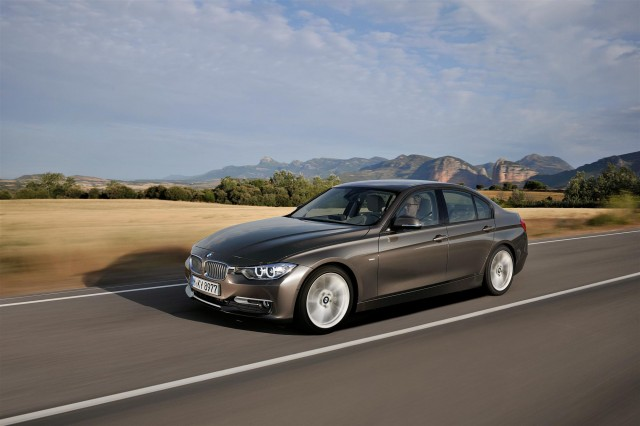 2012 bmw 3 series trim lines gallery for Bmw modern line