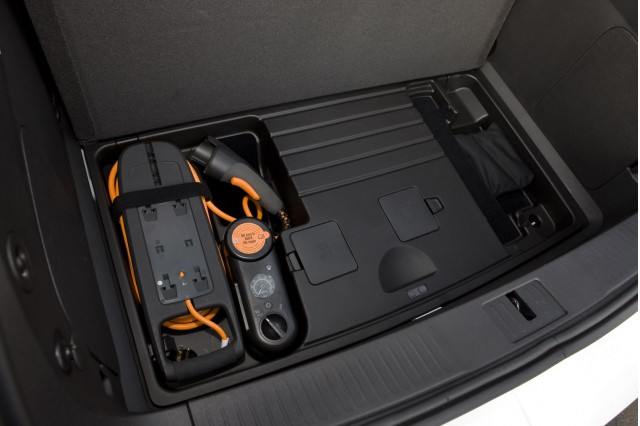 GM: We'll Replace Chevrolet Volt 120-Volt Charging Units