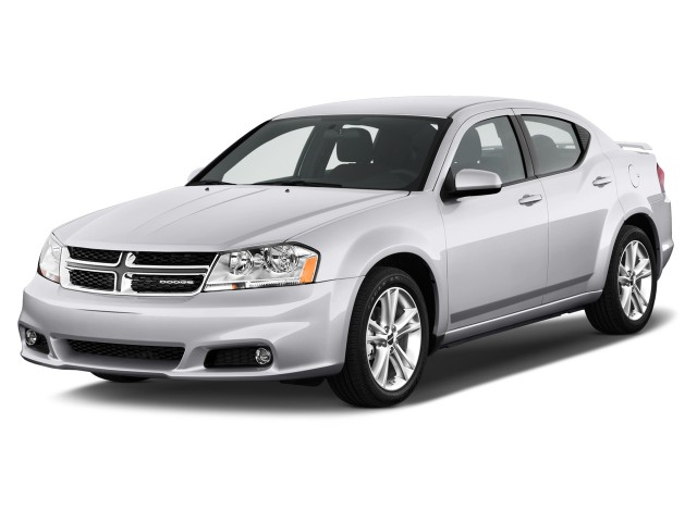 2012 Dodge Avenger 4-door Sedan SXT Angular Front Exterior View
