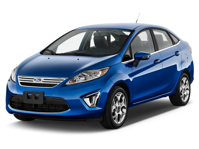 2012 Ford Fiesta 4-door Sedan SEL Angular Front Exterior View