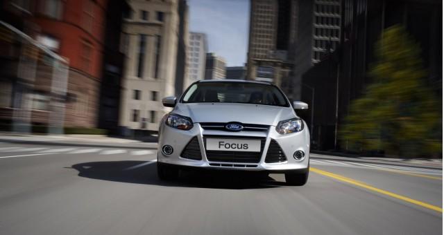 2012-ford-focus_100339041_s.jpg