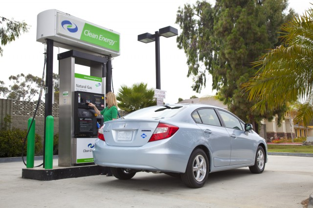 Is A 500 Garage Fueling Liance The Missing Link For Natural Gas Cars