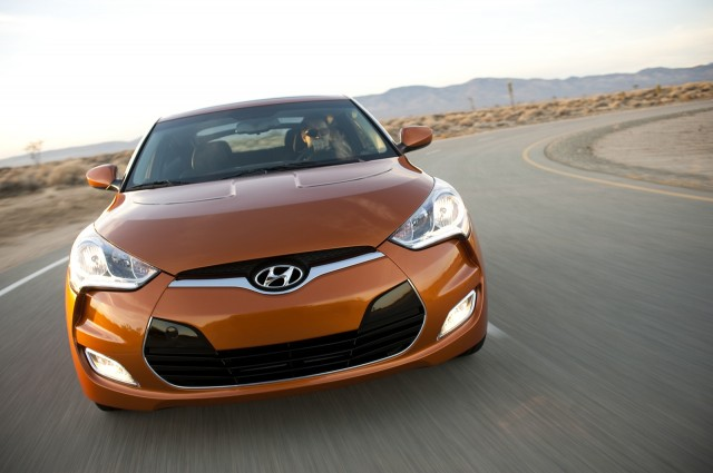 Hyundai Recalls 2012 Veloster For Sunroof, Parking-Brake Flaws
