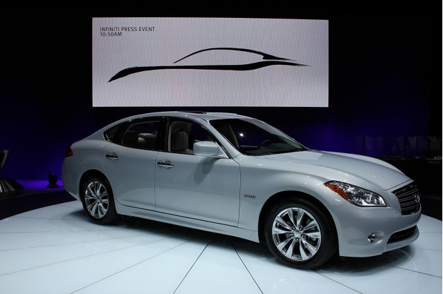 Infiniti M35h Green Car Reports Best Car To Buy 2012 Nominee