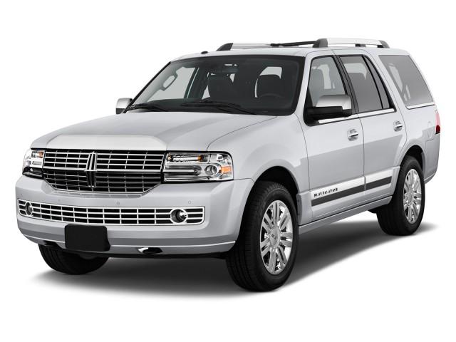 2012 Lincoln Navigator 2WD 4-door Angular Front Exterior View