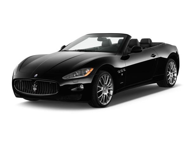 2012 Maserati GranTurismo 2-door Convertible GranTurismo Sport Angular Front Exterior View